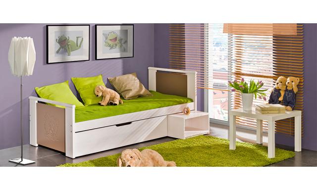 Dětská postel Kubik s úložným prostorem z masivu