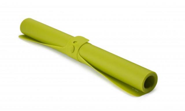 Silikonová podložka JOSEPH JOSEPH Roll-up™, zelená
