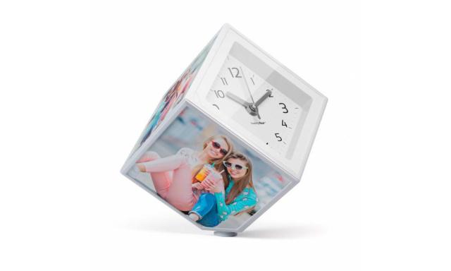 Rotující fotokostka s hodinami BALVI Photo-Clock 10x10cm